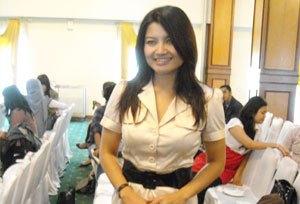 Foto Tina Talisa Presenter Ini Foto Tina Talisa Terbaru Sang Moderator Debat Pilgub DKI Setelah Ira Koesno