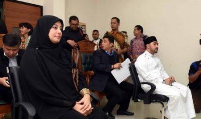 Tuduhan Pencurian, Putri Aisyah Aminah Istri Ustad Al Habsyi Dipolisikan