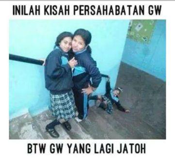 Persahabatan4 twimgcom Meme Sahabat Paling Lucu dan Gokil, Ketawa Sendiri Boleh Kok