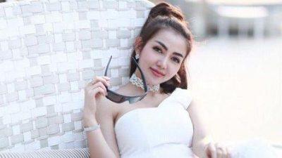 Bella Shofie Nunggu Suami Kerja, Netizen Tayakan Kapan Nikahnya