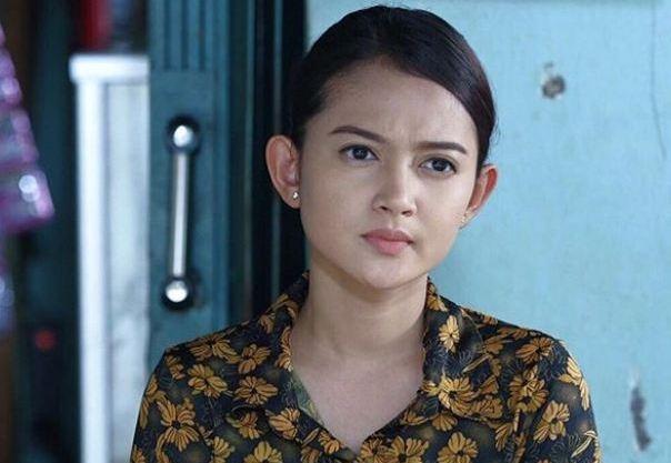 Foto Keseharian Rosnita Putri, Pemeran Entin Di Dunia Terbalik