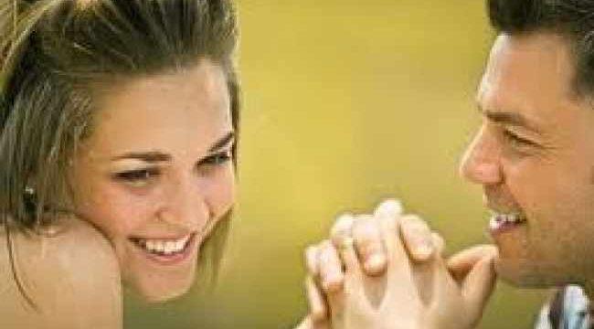 27 Kata Kata Mesra dan Romantis Untuk Pacar, Terlena Dibuatnya