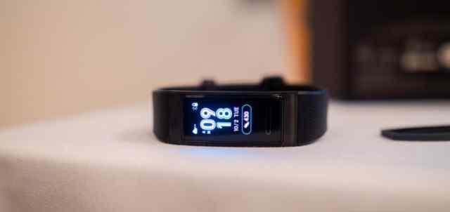 Harga, Spesifikasi Huawei Watch GT, Band 3 Pro
