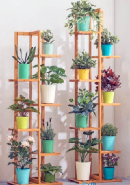 Model Rak Bunga Kayu Bertingkat Untuk Sudut Ruangan