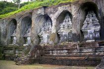 Cerita Pesugihan Gunung Kawi